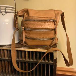 Lucky brand leather cross body purse w/zip detail